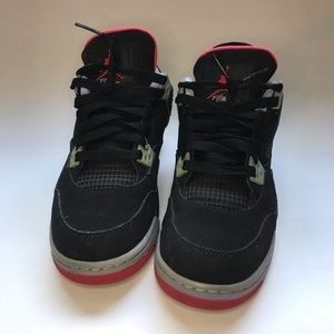 "Air Jordan 4 Retro GS ""Bred"" 2012"